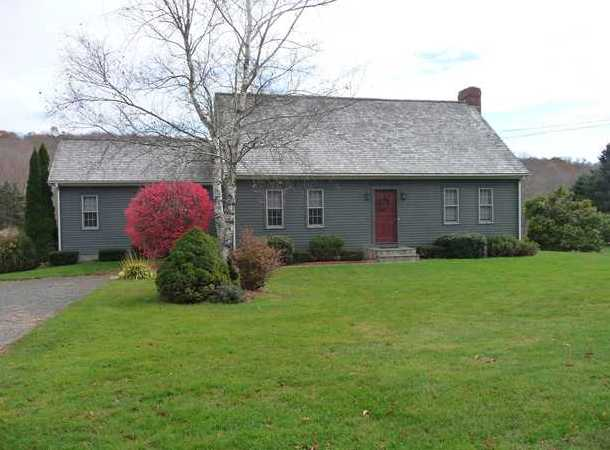 median active home for sale in Southbury CT
