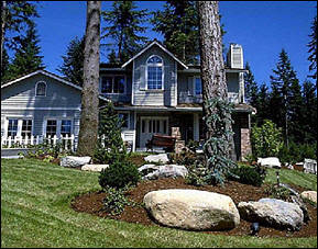 Atlanta Homes for Sale with Professional Landscape | Professionally  Landscaped