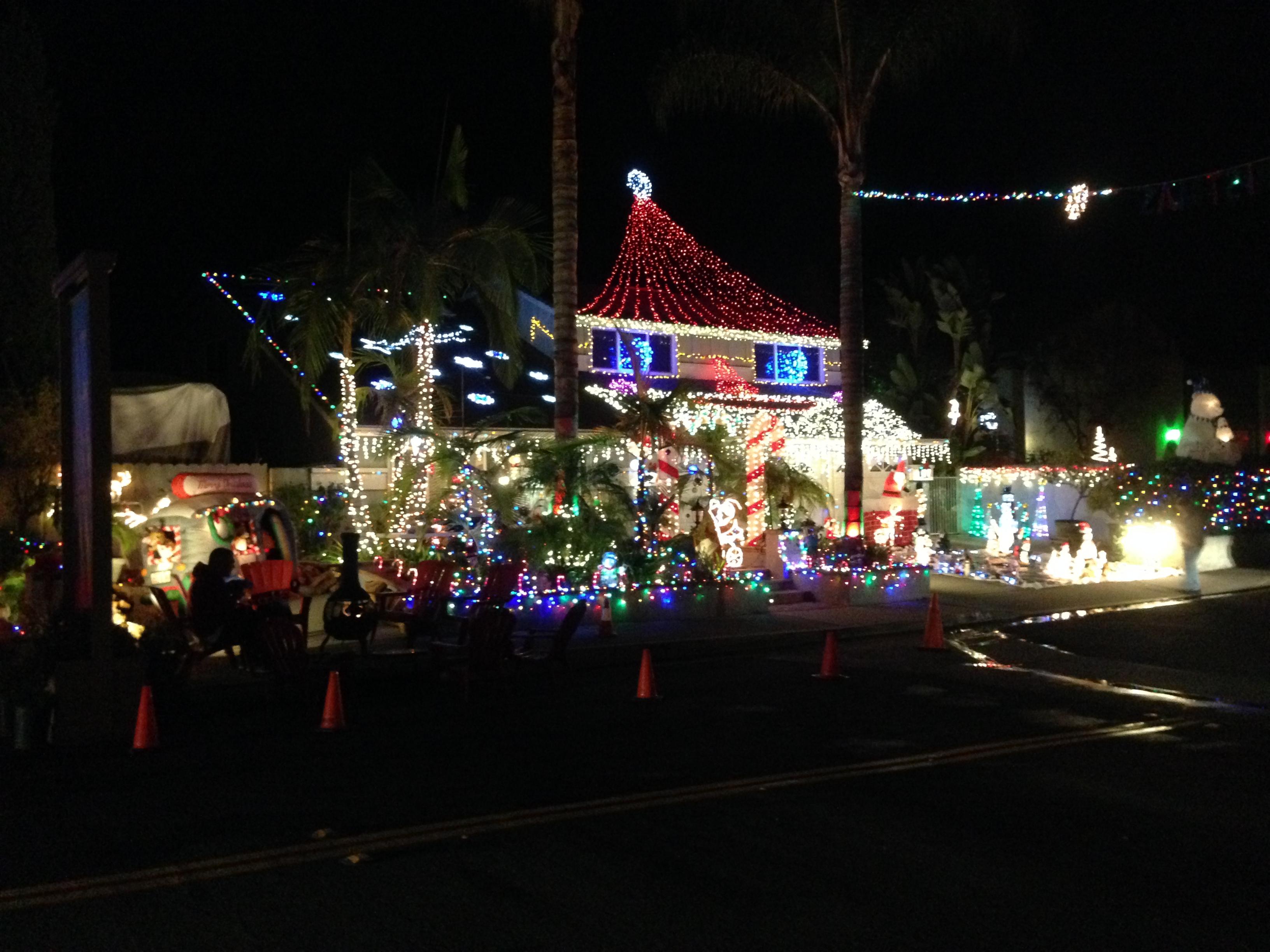 christmas lights holiday lights mission viejo - Driveway Christmas Lights