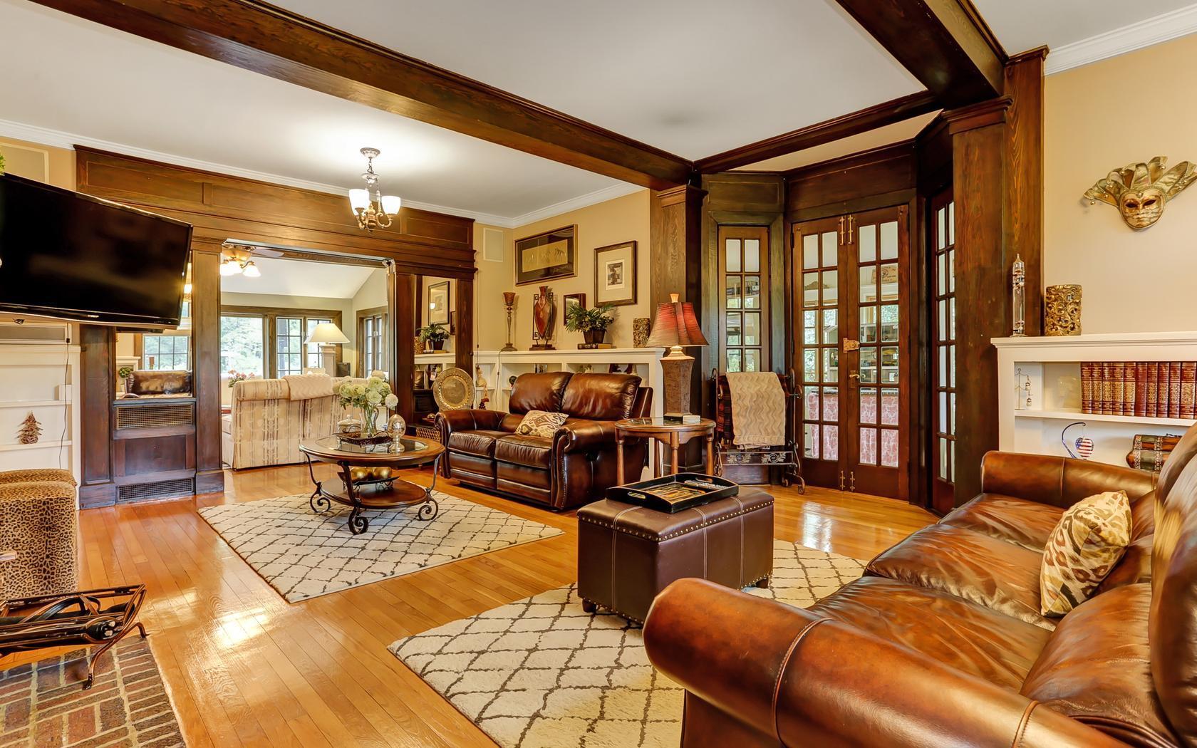 6 Bedroom English Tudor Colonial in Mountainside, NJ